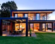 Дом с панорамными окнами: фото
