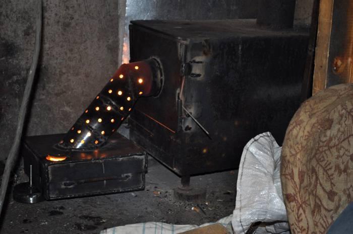 Печь для переработки отработанного масла и обогрева гаража