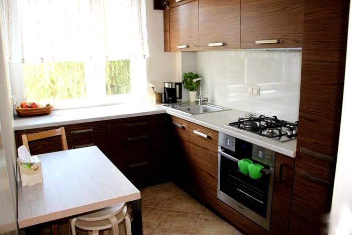 Маленькая, но уютная кухня