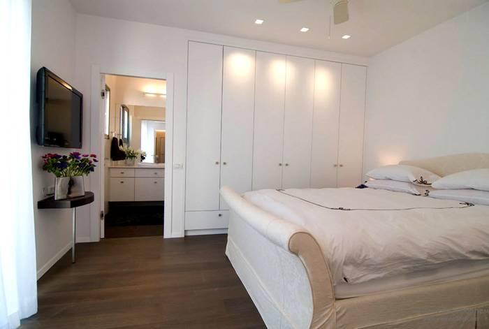 Светлые сны в современной спальне