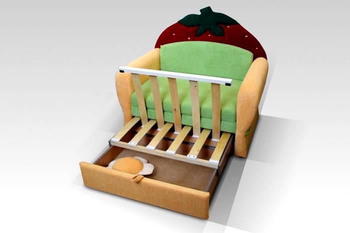 Детское кресло-кровать с выдвижным ящиком