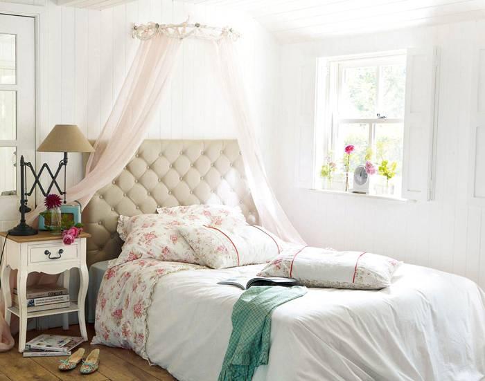 Спальня Прованс в небольшой квартире