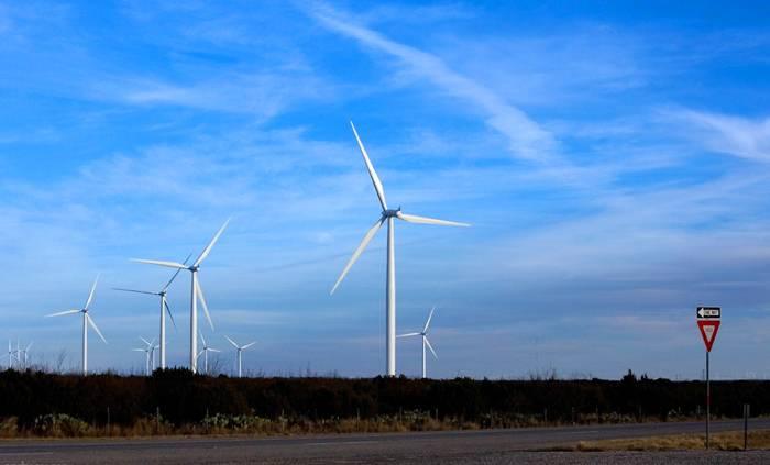 Как сделать ветрогенератор на 220В своими руками
