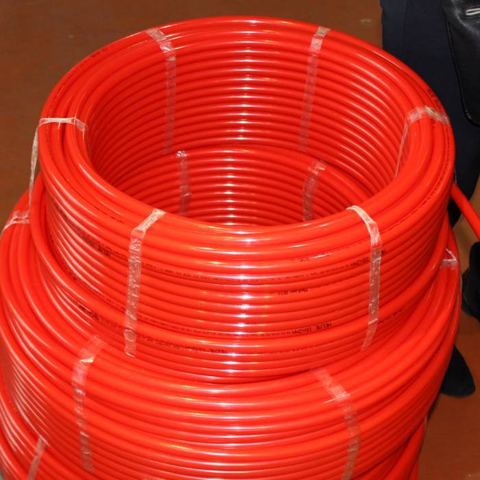 Пластиковые трубы сшитого типа производства