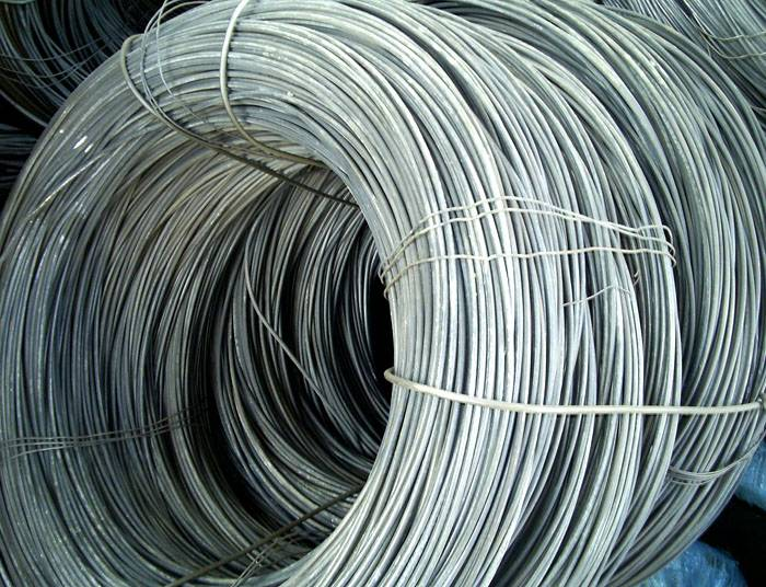 Важно помнить, что, чем толще материал для связки, тем тяжелее изготовить из него фиксированный узел