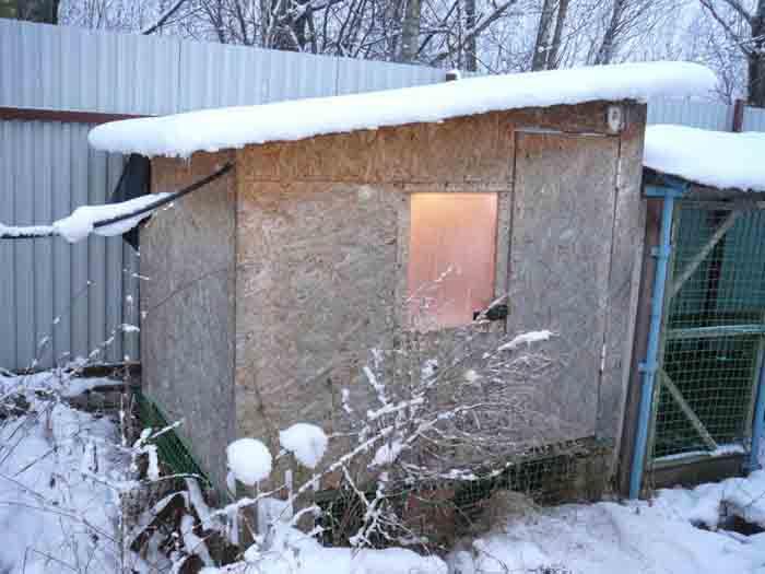 Небольшой домик не займет много места на участке