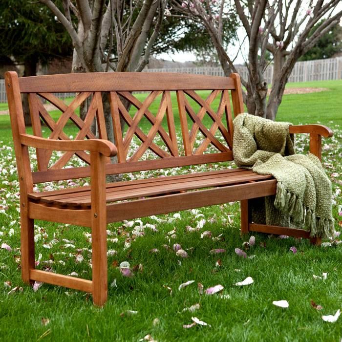 Красивый вариант для традиционного сада