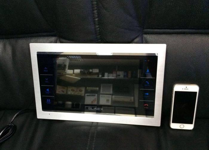 Самый функциональный видеодомофон из доступных по цене моделей