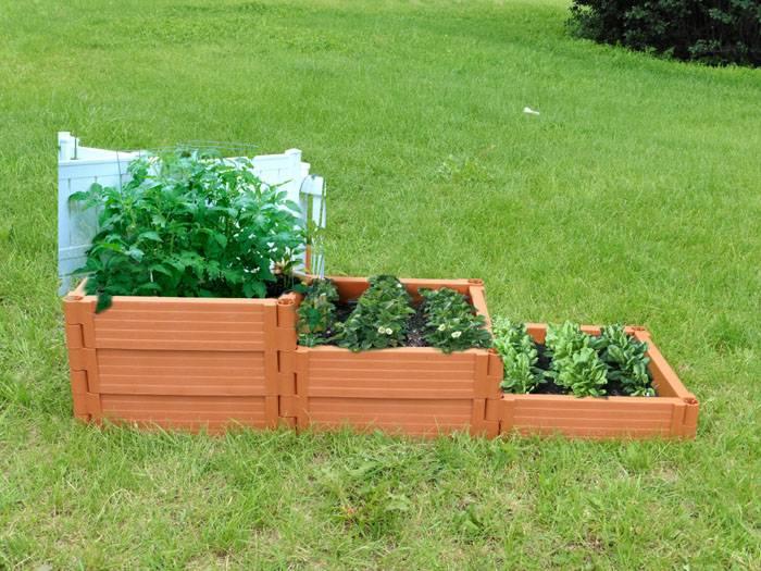 Вариант многоуровневой садовой доски