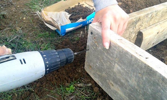 Сборка деревянного ящика