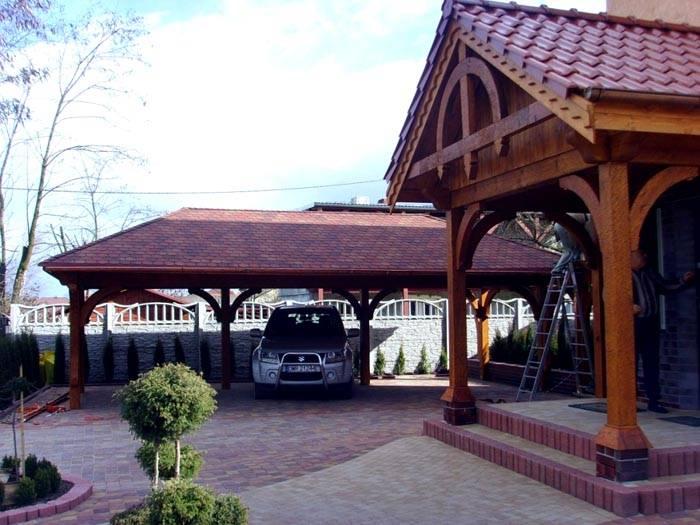 Строение рядом с домом должно быть не просто красивое. Его эстетические характеристики следует согласовать с общим дизайном