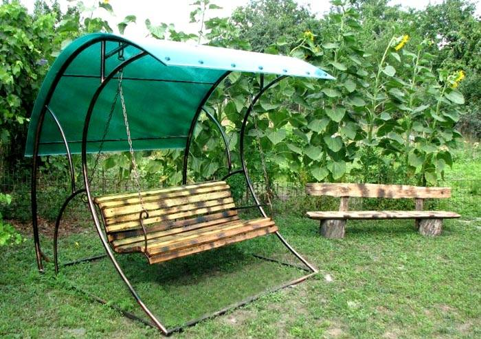Уличные подвесные садовые качели со спинкой для дачи