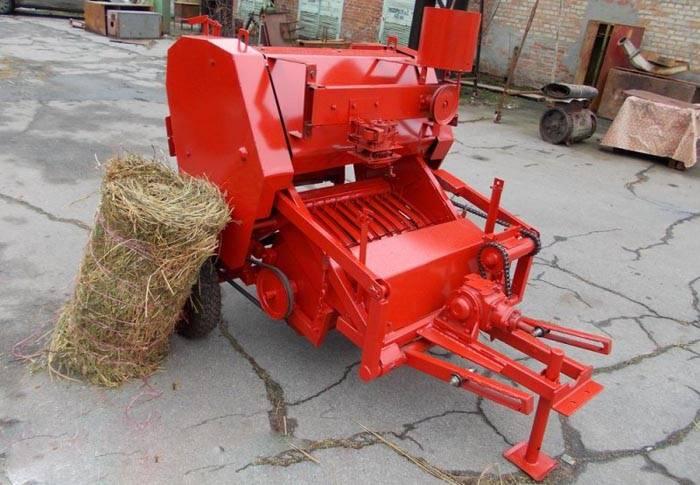 Пресс подборщик для мотоблока – удобен при сборе сухой травы