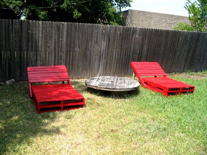 Поддоны – идеальный материал для изготовления садовой мебели