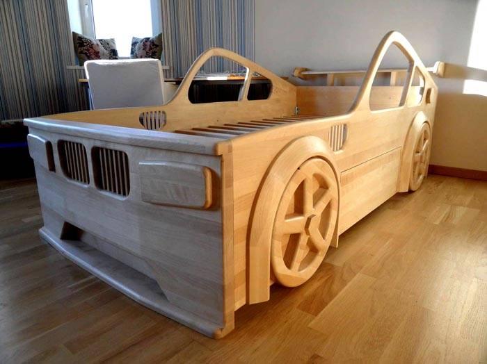 Кровать в форме авто – мечта любого мальчишки
