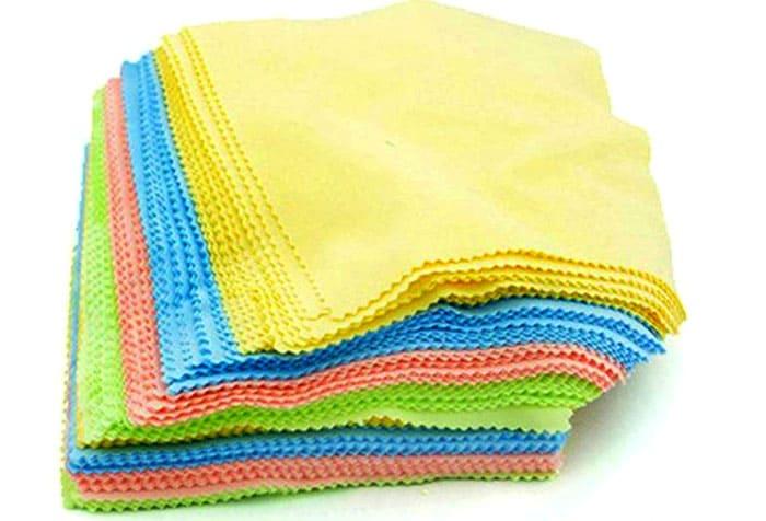 Губка или салфетка из микрофибры помогут при мытье