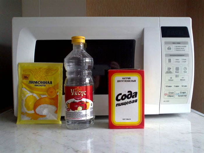 Это те средства, которые есть практически на любой кухне, потому их охотно используют для очищения разных поверхностей
