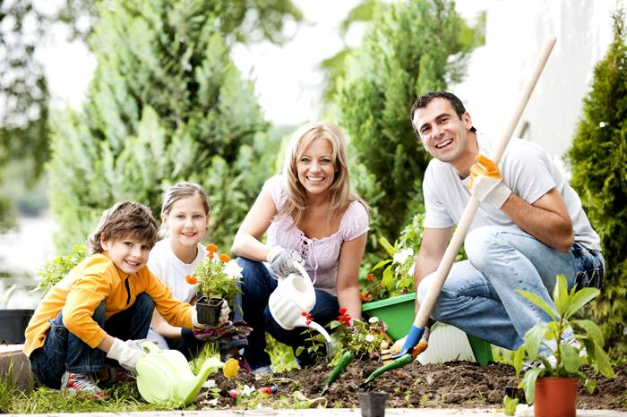 Совместный труд с детьми доставит вам много радости