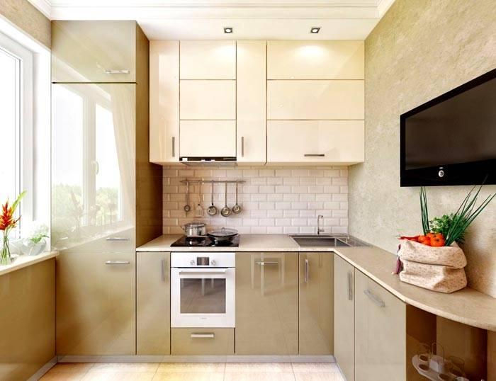 Глянцевая мебель на фото в интерьере кухни 10 кв. м