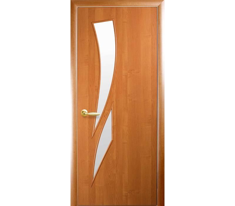 Такую дверь вполне можно отреставрировать