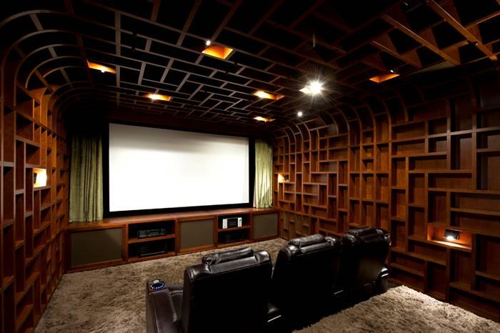 А это уже акустика домашнего кинотеатра