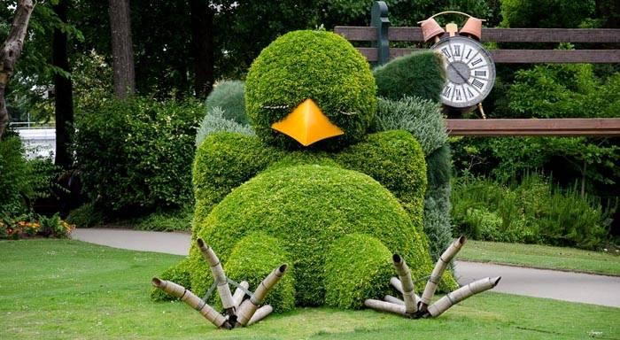 Декор двора: как украсить его с помощью садовой скульптуры