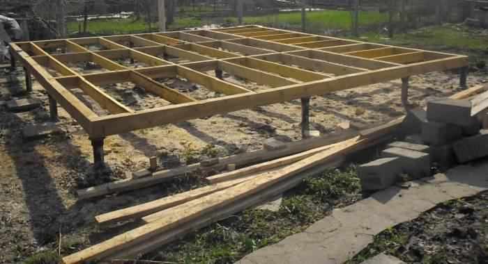 Деревянная конструкция ростверка