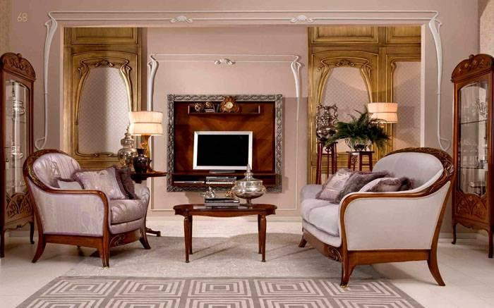 Столы в классическом интерьере имеют правильную форму