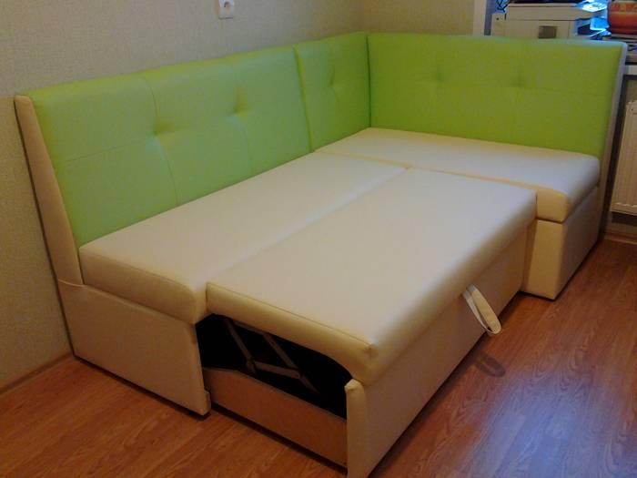 На кухне можно организовать спальное место