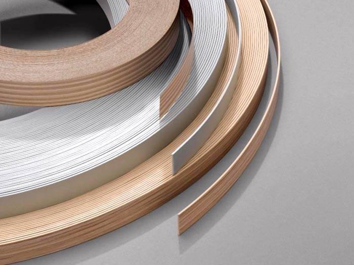 Кромка может иметь разную толщину и быть изготовлена из разных материалов