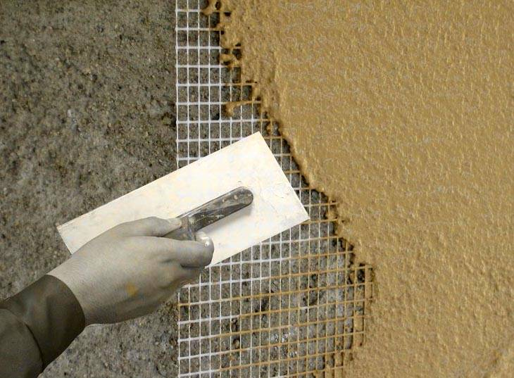 для чего нужна сетка для штукатурки стен