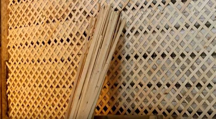 Обрешетка деревянной поверхности