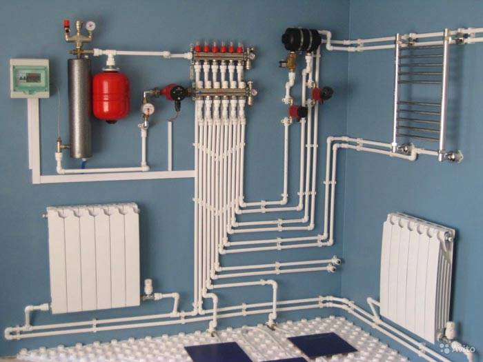 Отопление может быть с виду довольно сложным