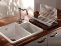 Практичное решение установка эмалированной раковины для кухни