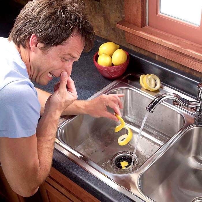 Неприятный запах не так легко вывести простыми отдушками