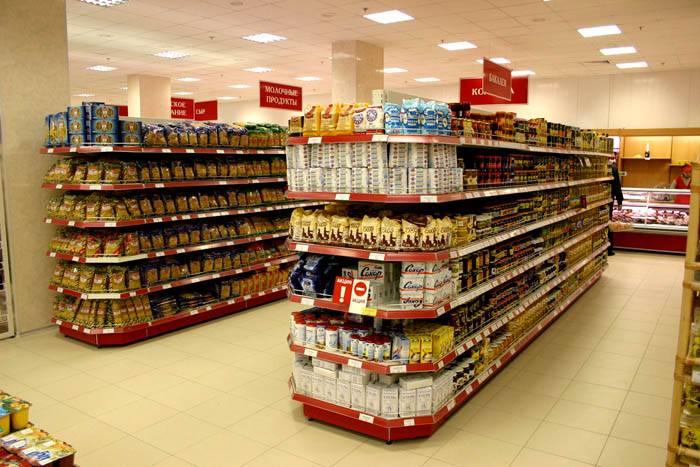 Стеллажи металлические для магазина устанавливают не только на складе, но и в торговых залах
