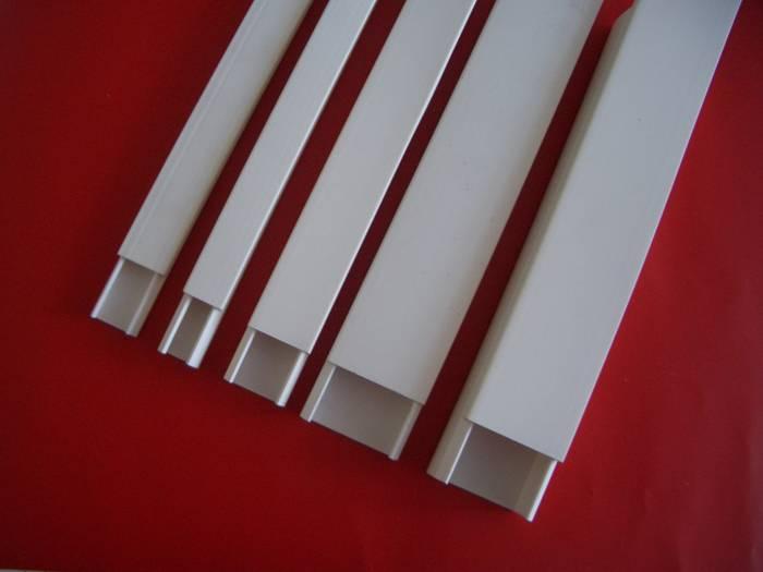 Миниатюрные каналы могут выполняться из металла или пластика