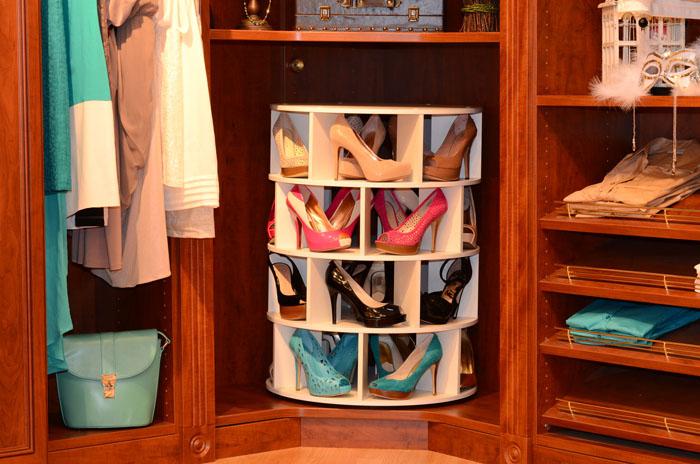 Хранить обувь можно по-разному