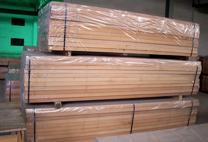 Если древесина хорошо просушена, ее можно паковать в полиэтилен