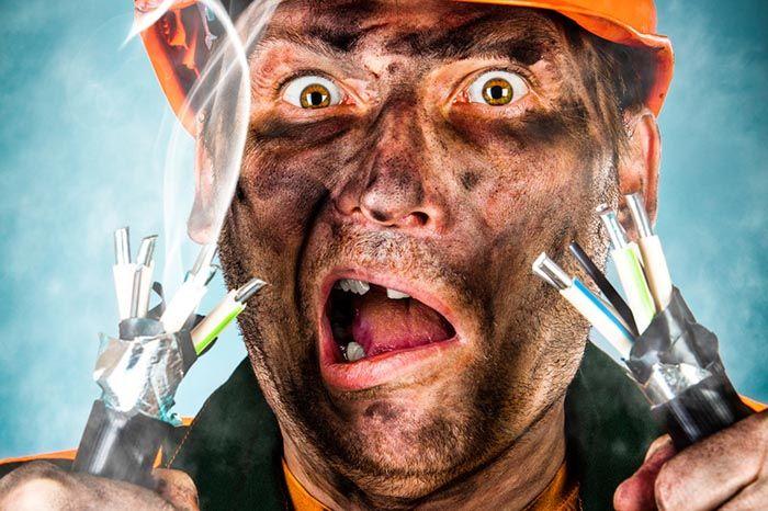 Поражение электрическим током опасно для жизни
