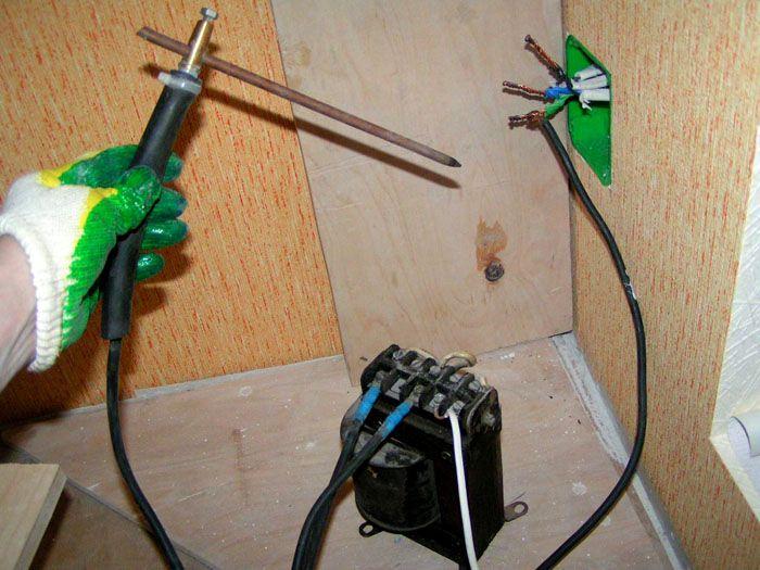 Единственный недостаток соединения заключается в необходимости использования специальной аппаратуры – сварочного аппарата