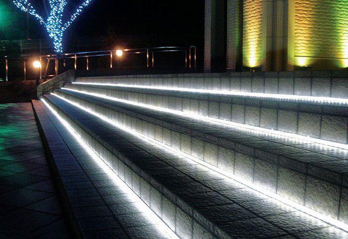 Стабилизаторы тока применяются и в уличном (основном и декоративном) освещении
