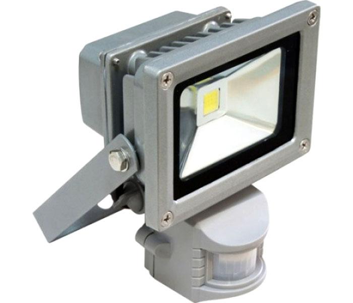 Применяют драйвера и в светодиодных прожекторах с датчиками движения