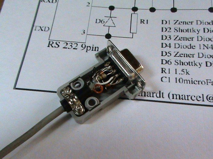 При аккуратной сборке получится разместить все радиодетали в стандартном корпусе RS 232