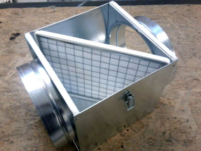 Фильтр вентиляционной системы предотвращает проникновение в помещения механических загрязнений