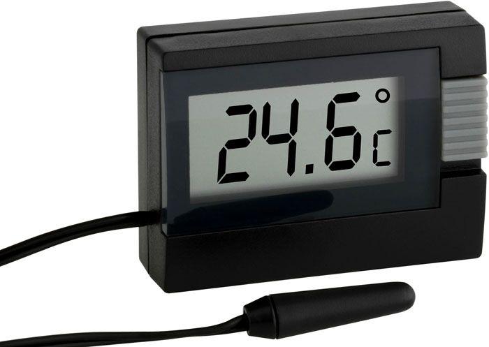 Электронный термометр для измерения температуры воздуха оснащают отдельным датчиком