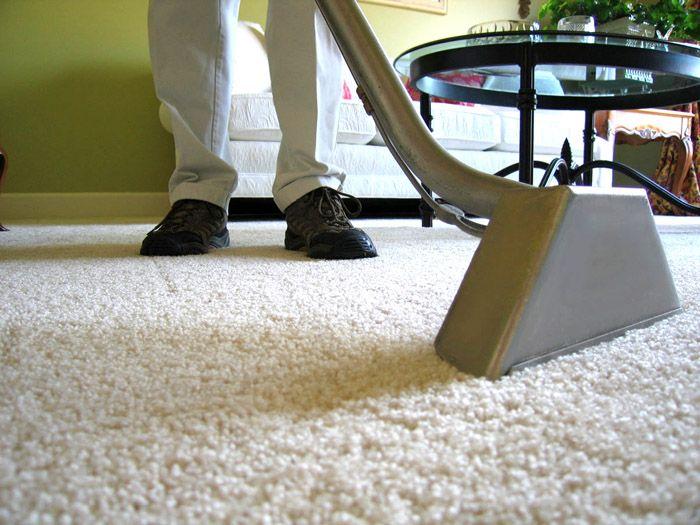Ковролиновое покрытие придется часто чистить в коридоре