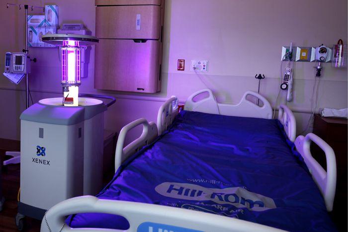 Полезно использовать УФ-устройства в помещениях, где находятся больные ОРВИ и гриппом, другими инфекциями, передающимися воздушно-капельным путем