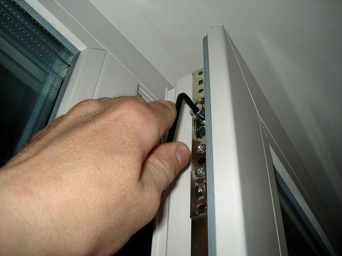 Как перевести окна в зимний режим
