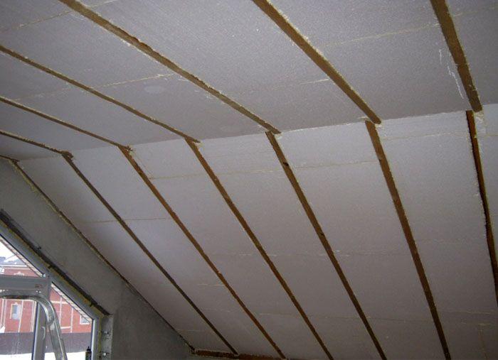 При использовании пенопласта важно предусмотреть в последующем качественную вентиляцию помещения